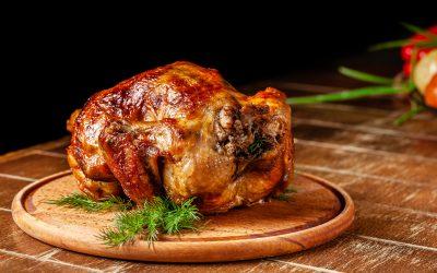 Pollo asado a la miel de romero .